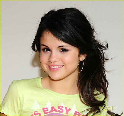 Selena Gomez Magic MP3 descargar musica GRATIS