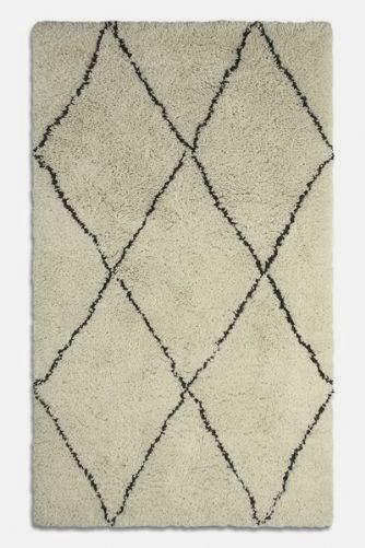 deep pile diamond rug