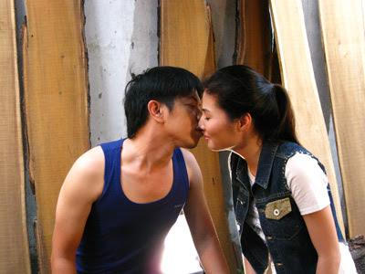 Hình ảnh trong Phim Làn Môi Trong Mưa - Vtv6 (2012) Online