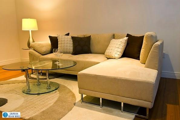 Modifica el mobiliario de tu casa mirando catálogos
