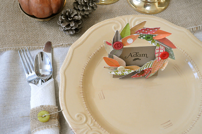 deck the holiday 39 s thanksgiving wreath place cards and. Black Bedroom Furniture Sets. Home Design Ideas