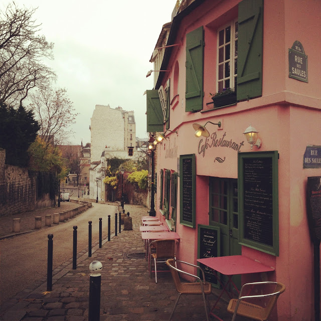Paris Mon Amour - Calling Montmartre Home (via Nest of Pearls)