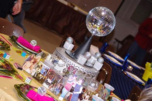 decoração das bodas de platina ou safira