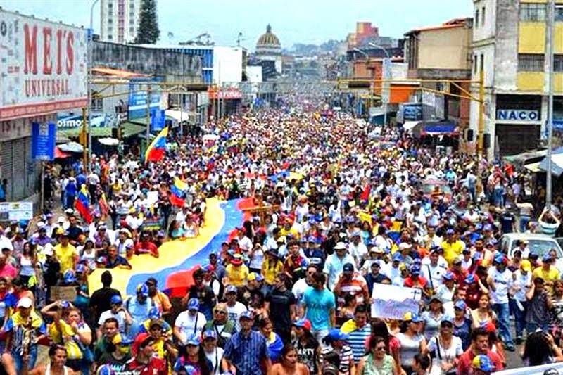 Miles de personas Táchira, Venezuela, por la Paz y la Vida San Cristobal