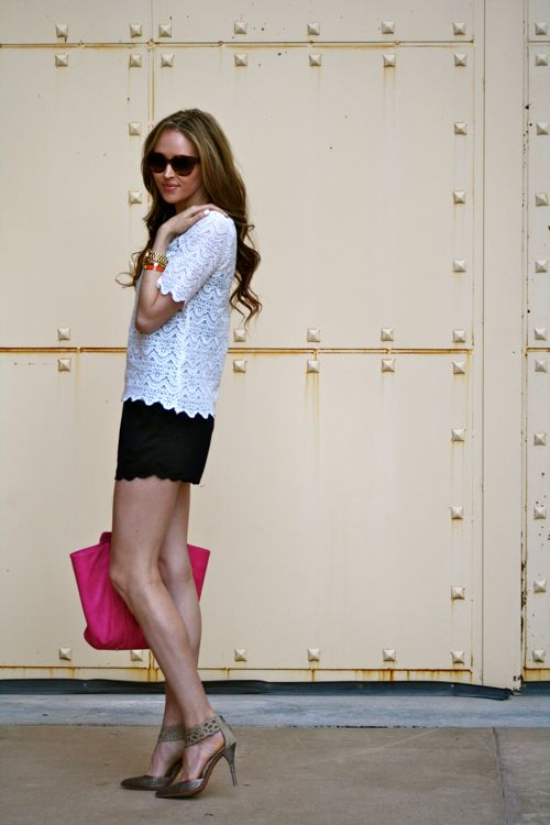 Golden Divine Blog-Personal Style Blogger-Lace Top- Scallop Shorts-Pink purse-prada sunglasses