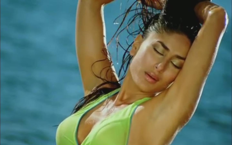 she's unbelievable: kareena kapoor hot photo shoot in bikini