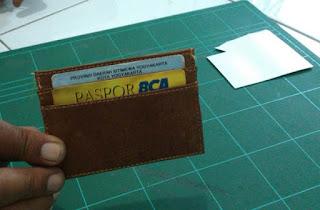 membuat dompet kartu nama