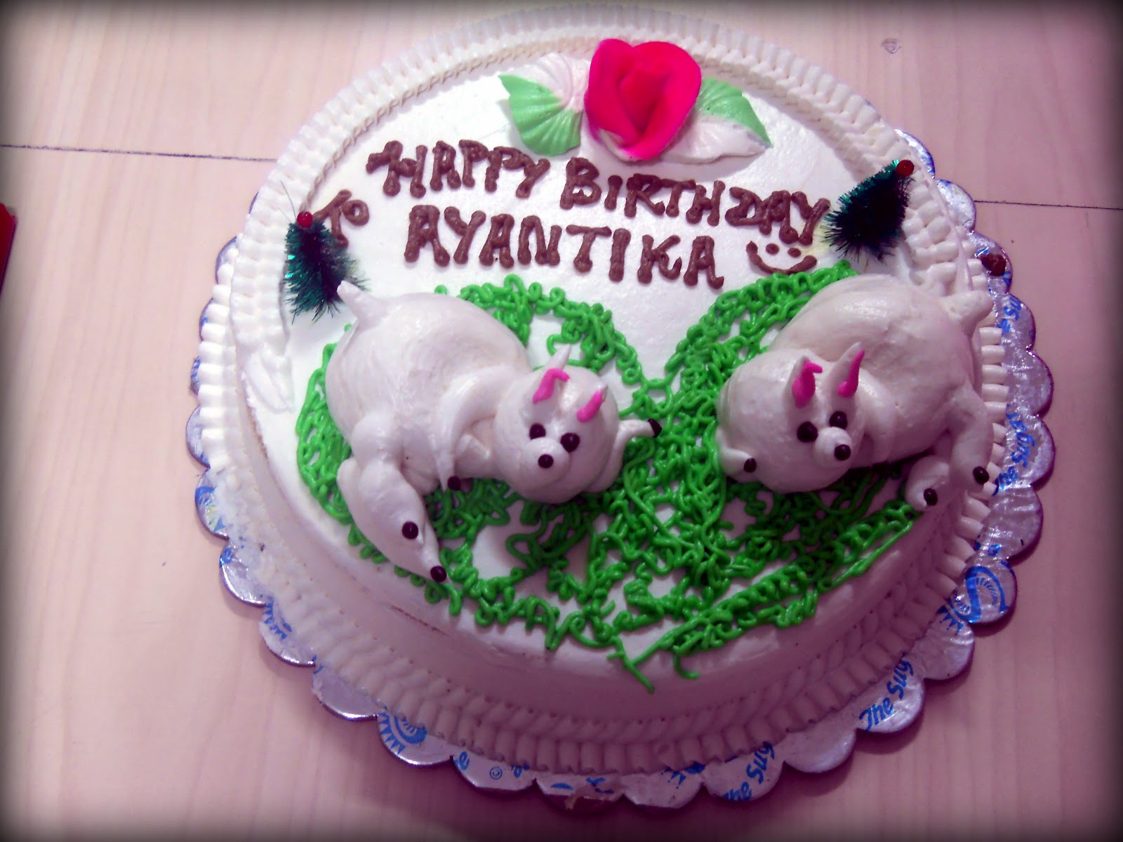 Birthday Cake With Name Qamar ~ Farwa ali birthday amna zafar aimz