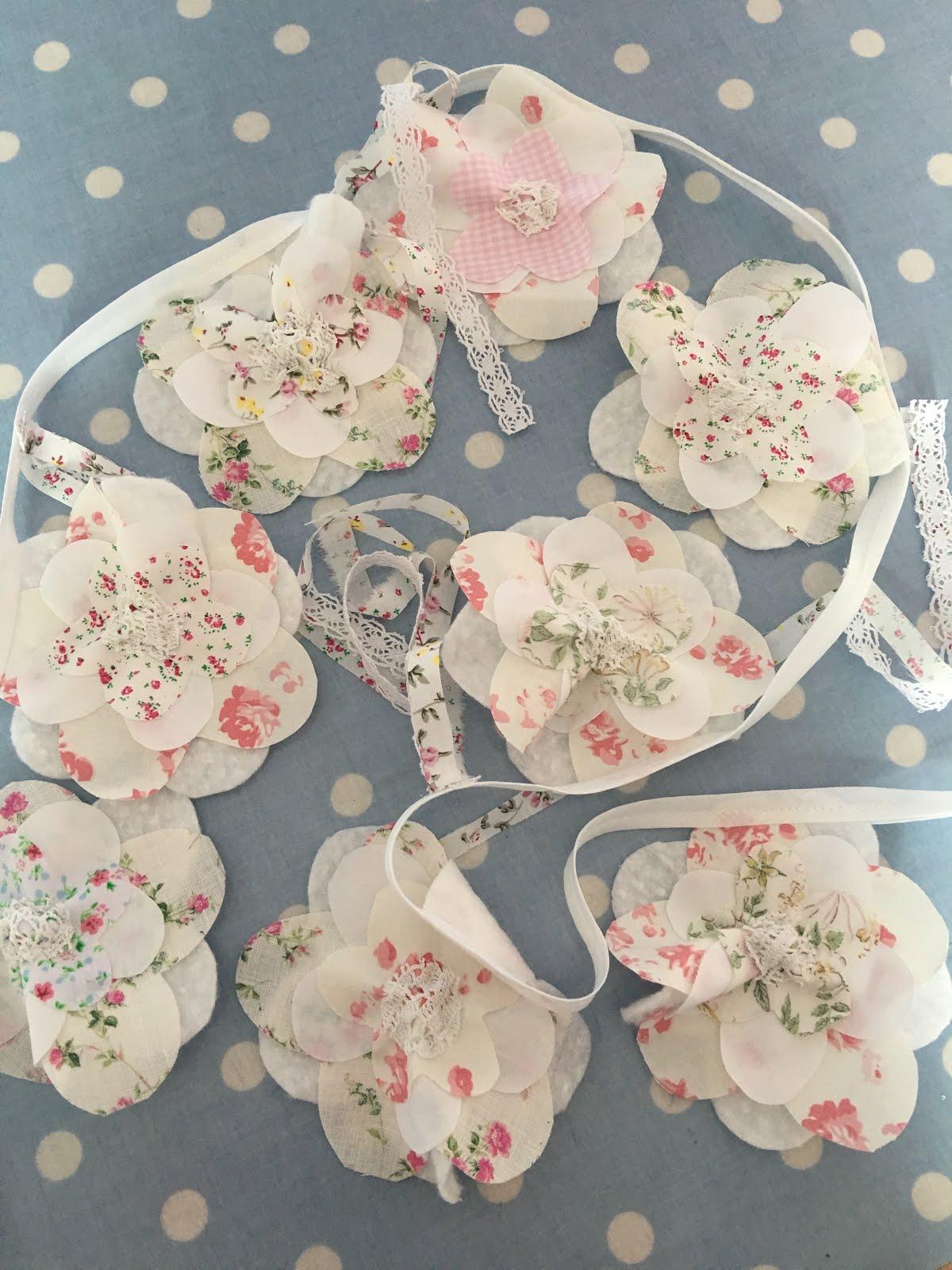 Flower buntings