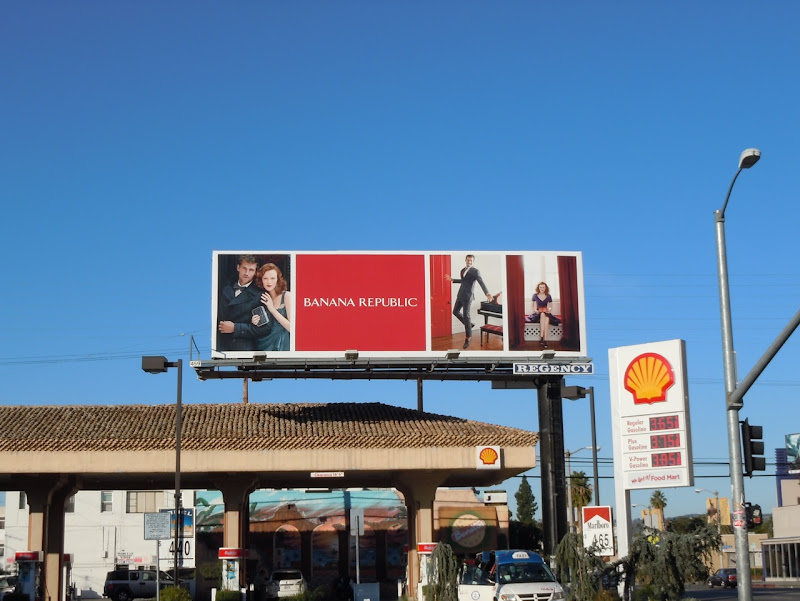 Banana Republic Holidays 2011 billboard
