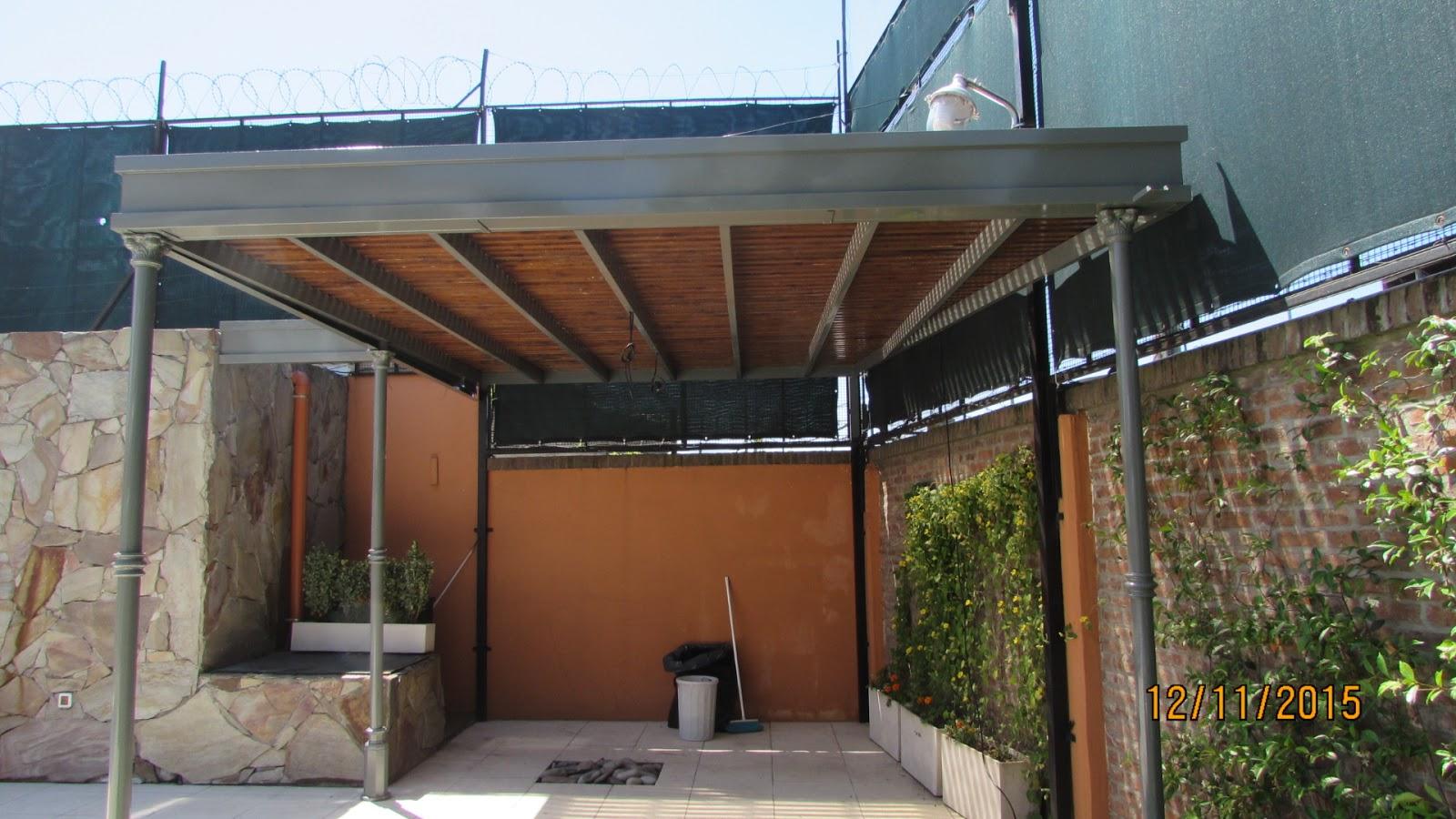 Techo de policarbonato pergolas aleros diciembre 2015 for Garajes con techos policarbonato