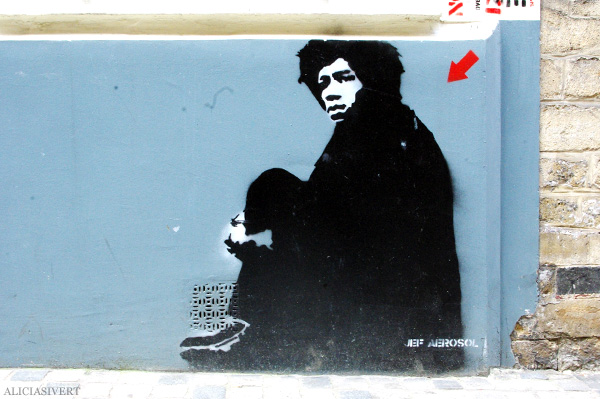 aliciasivert, alicia sivertsson, street art, graffiti, gatukonst, klotter, tags, bussels, bruxelles, bryssel, stencil, schablon, hus, building, jimi hendrix, jef aerosol