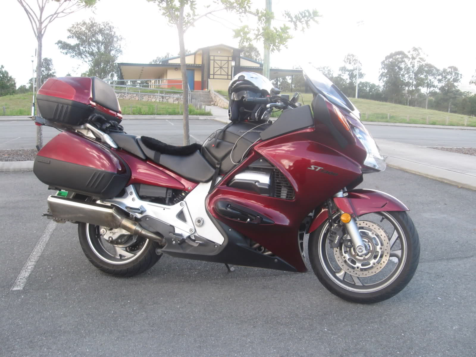 Diesel s Honda Pan European ST1300 Chronicles My new ST1300 and its