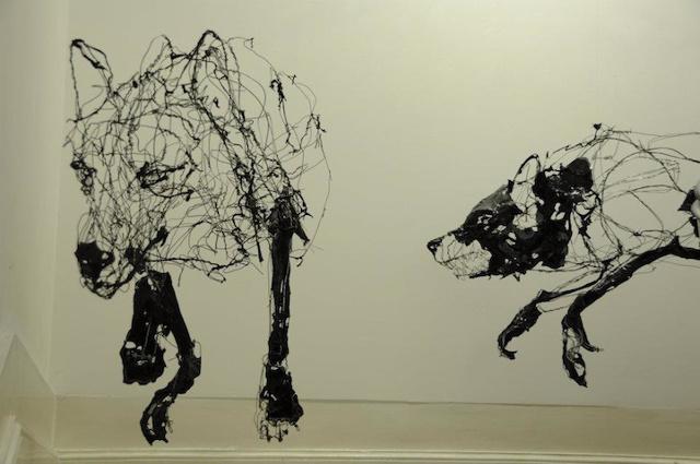 Vanessa Lekpa , blog d'art contemporain , scuplture en fil de fer de david oliveira artiste portugais
