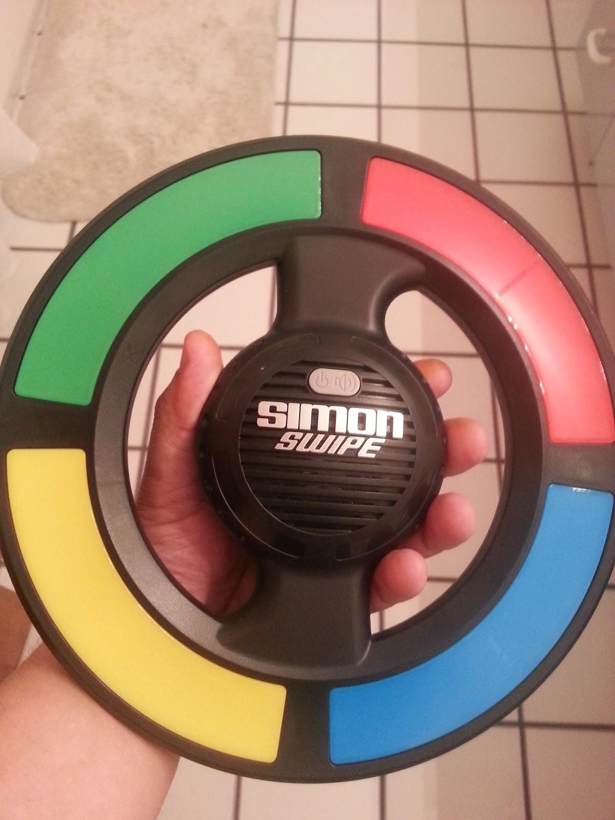 How to hold the Simon Swipe