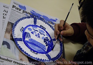 There is also a childrenu0027s book called The Willow Pattern Story by Allan Drummond which I havenu0027t read but looks like a great resource for this project. & Use Your Coloured Pencils: Willow Pattern Paper Plates