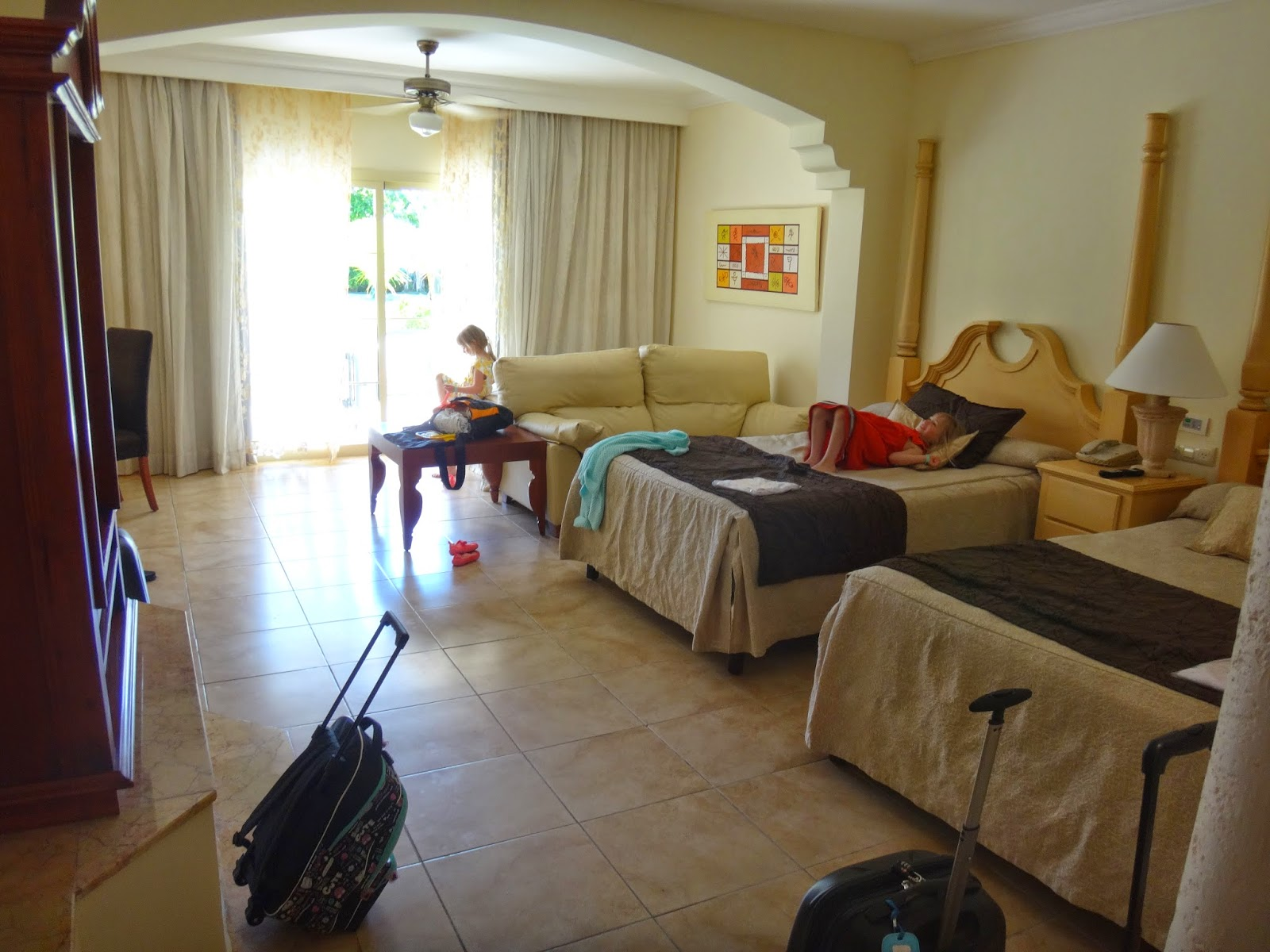 Read Write Run Mom Resort Review Majestic Colonial
