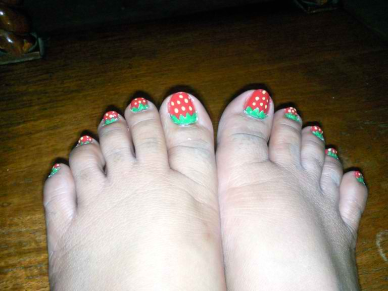 The Big Bad Wolf Strawberry Nails Pedicure