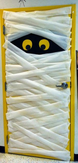 Reciclatex 8 Cuenta atrás para Halloween 2013, puerta de momia