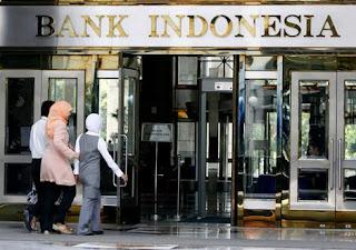 fungsi dan peran bank sentral dan bank umum pada perekonomian