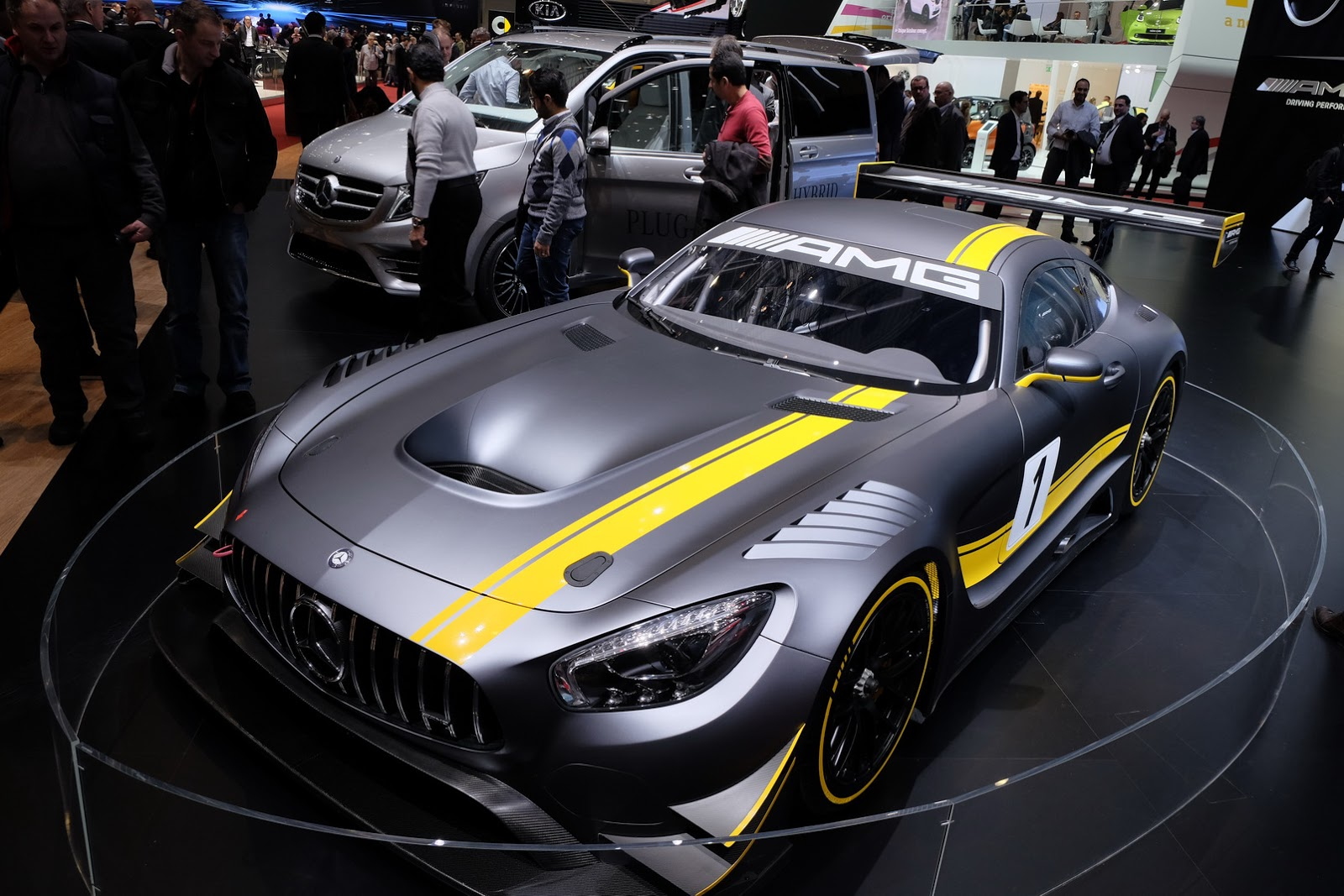 mercedes amg 39 s gt3 racer could inspire a production model carscoops. Black Bedroom Furniture Sets. Home Design Ideas