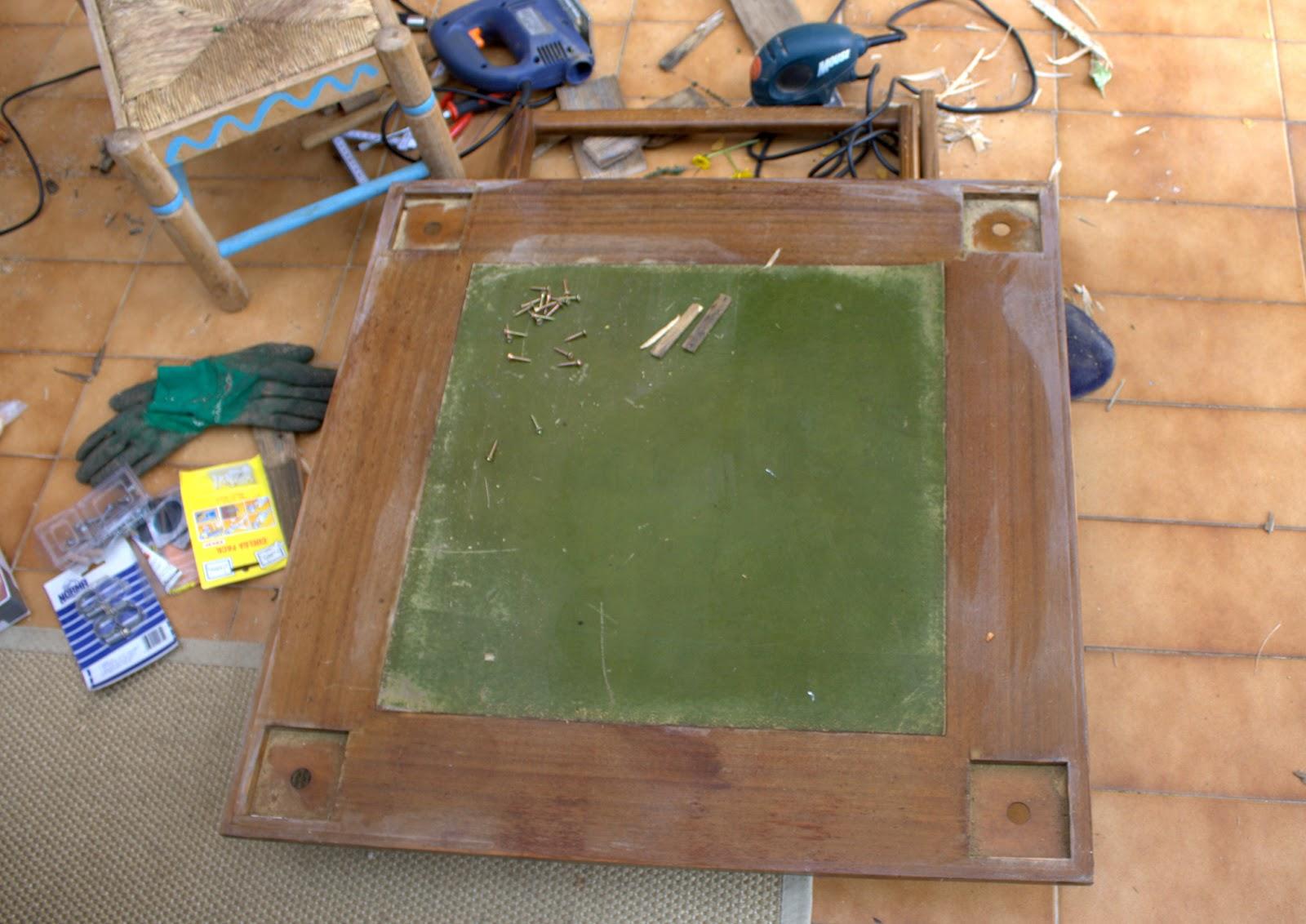 Como hacer una mesa de jardin rustica con 4 troncos for Como hacer una alberca rustica