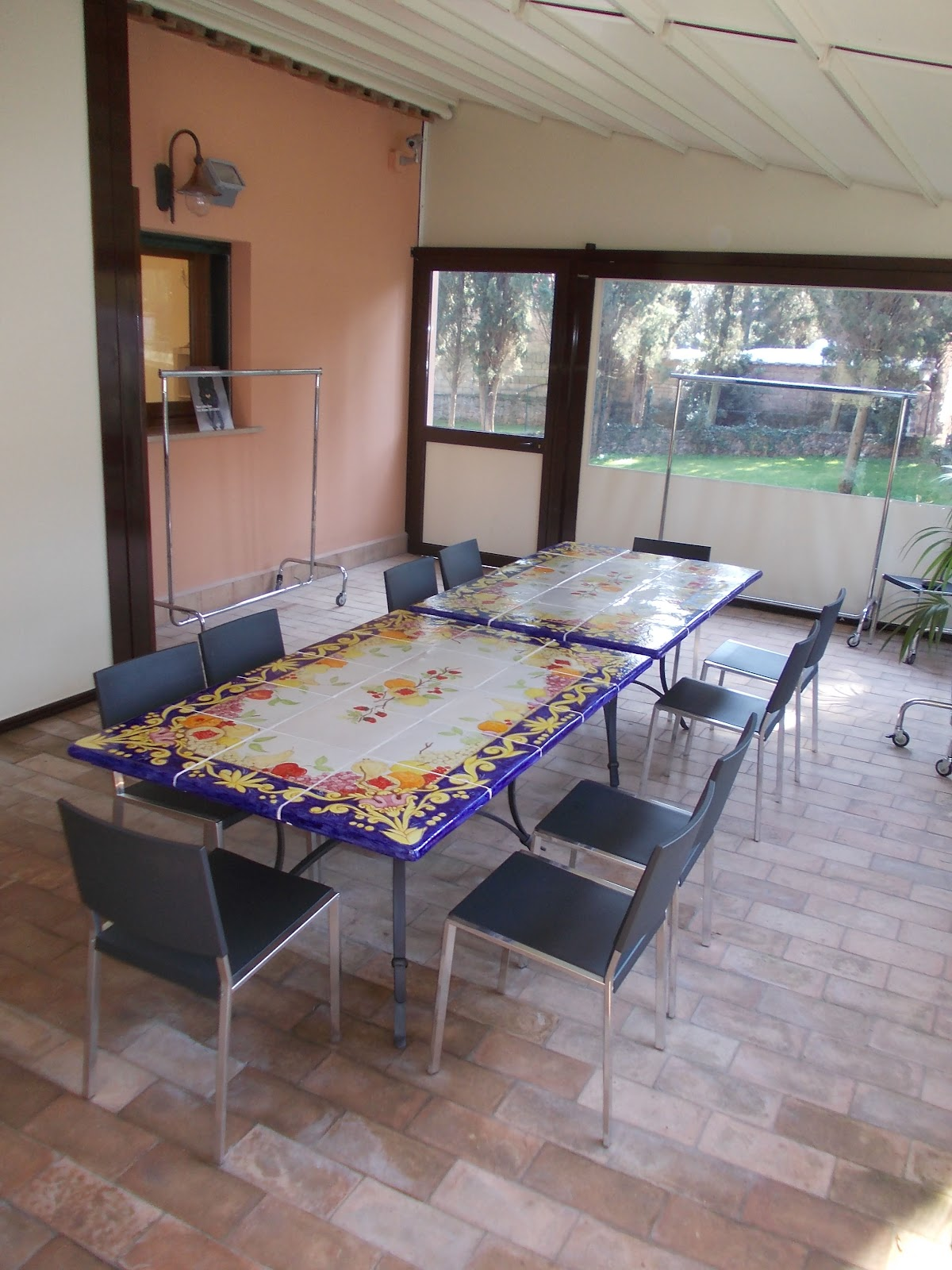Vico condotti tavoli da interno e da giardino in ceramica for Tavolo giardino