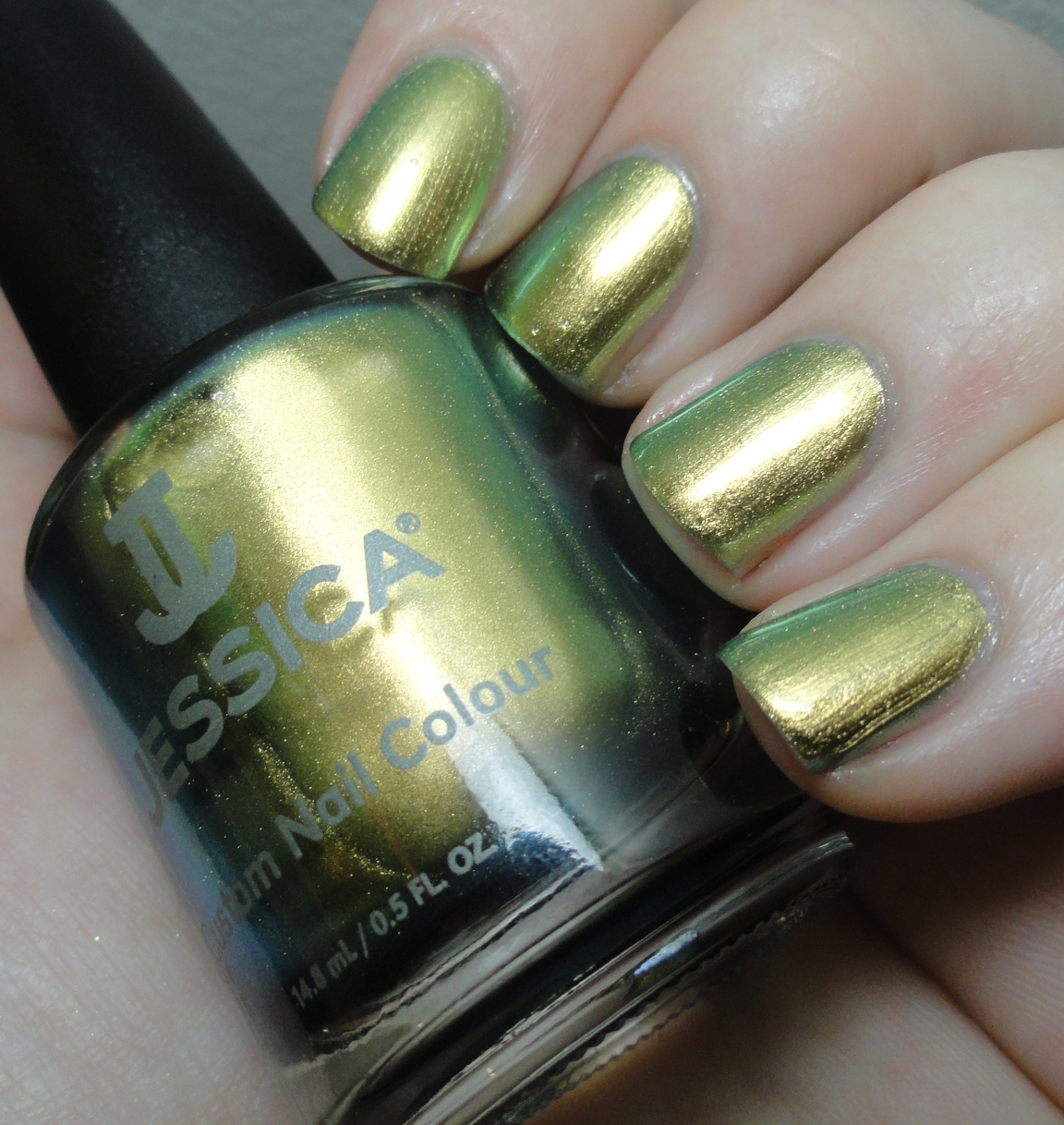 Elemental Styles: Featuring: Jessica Iridescent Eye + Glitter!