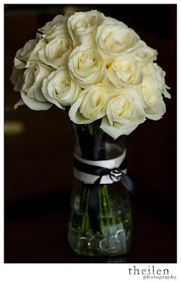 Classic & Simple White Rose Bridal Bouquet l Devonwoods Florist l Atlantis Reno l Theilen Photo l Take the Cake Event Planning