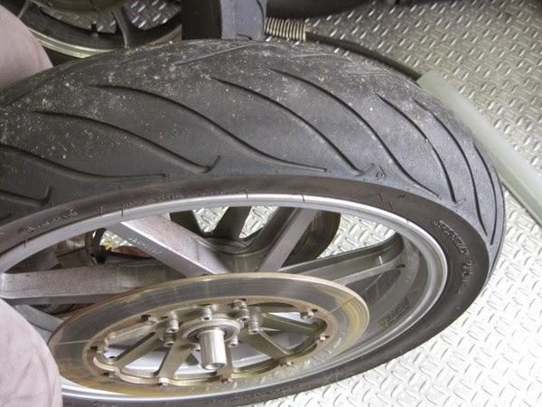 カワサキKZ1300 タイヤ交換