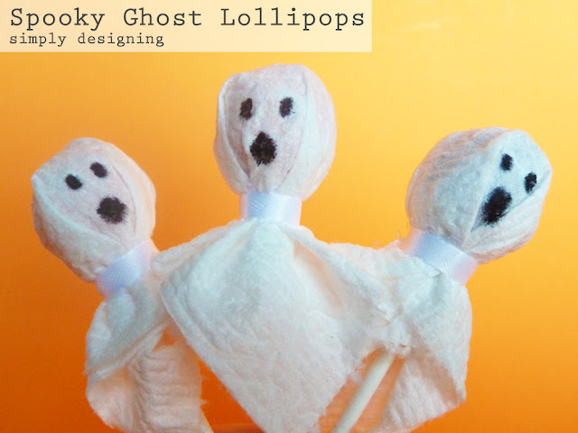 Spooky Ghost Lollipops | simple Halloween kid crafts | #kidcrafts #halloween #cottonelletarget #pmedia #ad