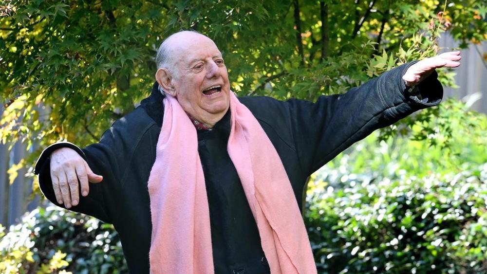 """16.03.2016 - I Novant'anni di Dario Fo: """"Dio non lo amo troppo, questo Papa invece sì"""""""