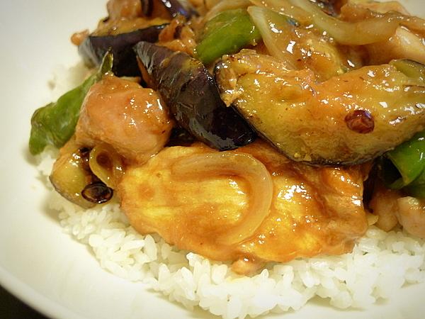鶏肉とナス、万願寺、麸のみそ炒め