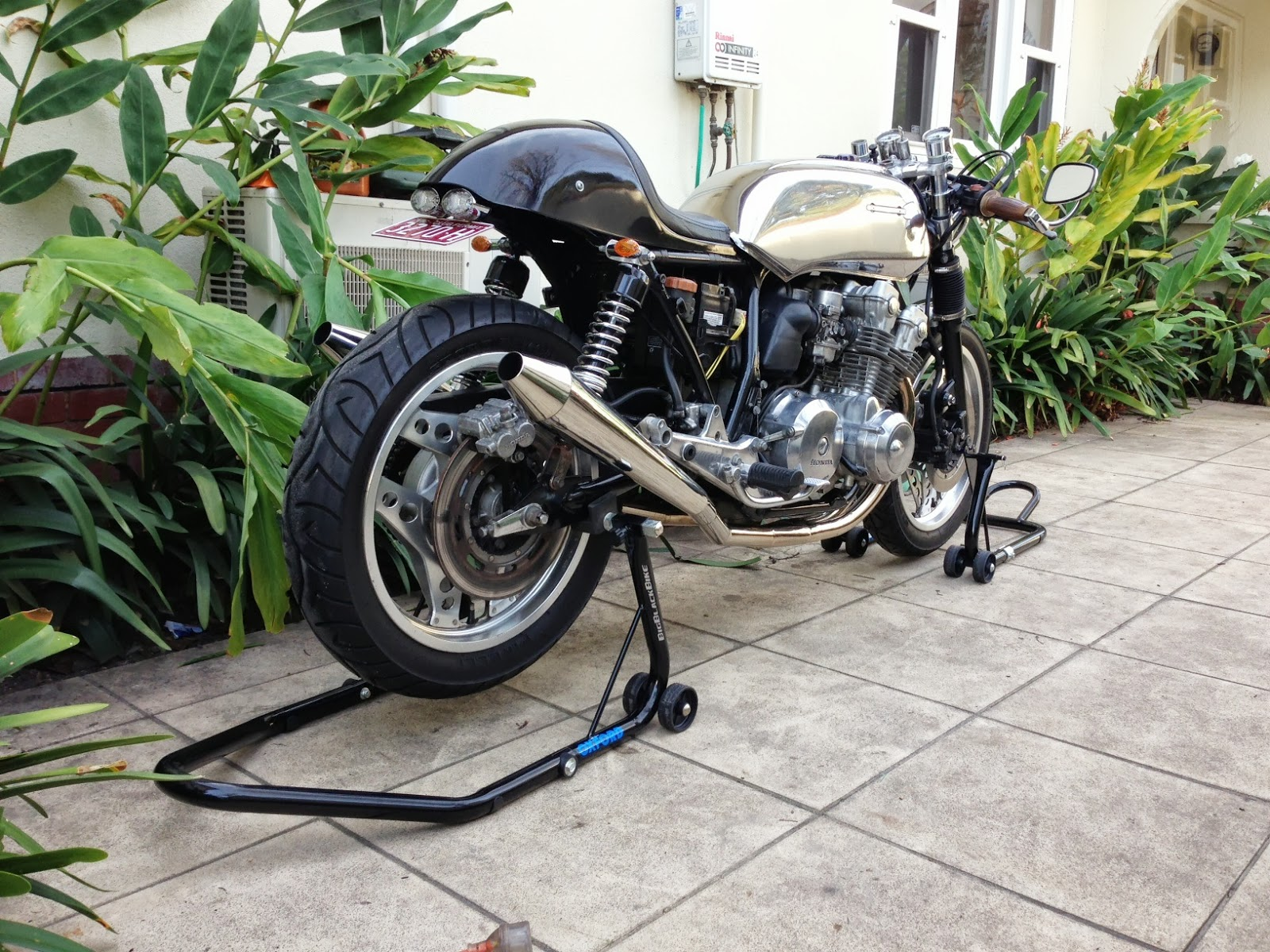 Sorting Out The Wiring On My Dohc Cb750f Cafe Racer 1981 Above Picture Shows Honda Cb100 Pictorial Diagram It Hoping Like Hell To Get Bike Display This Yearso For Osb Judgesthese Pics Are You I Will A Guernsey