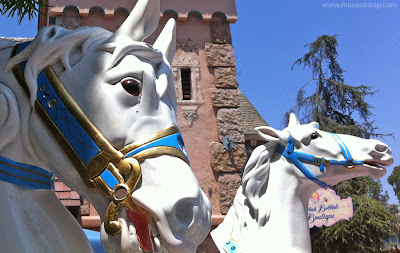 Disneyland Horse heads gift cart kiosk Fantasyland carousel