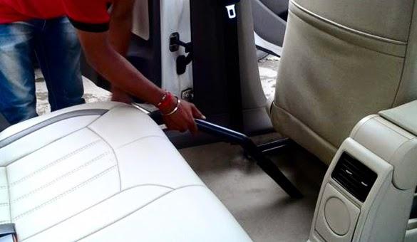 Tips Membersihkan dan Merawat Karpet Mobil Kesayangan