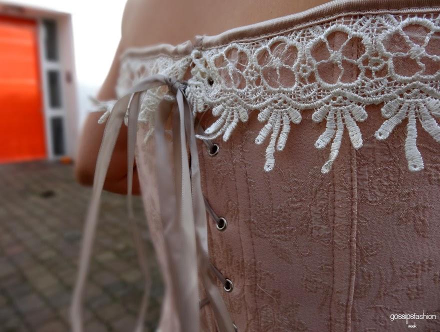 corse corset story