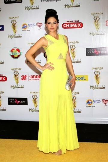 Fotos Livia Brito vestido Amarillo en Alfombra Premios TVyNovelas 2014 ...