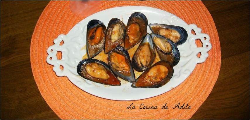 Mejillones en salsa picante la cocina de adita for Cocinar mejillones en salsa
