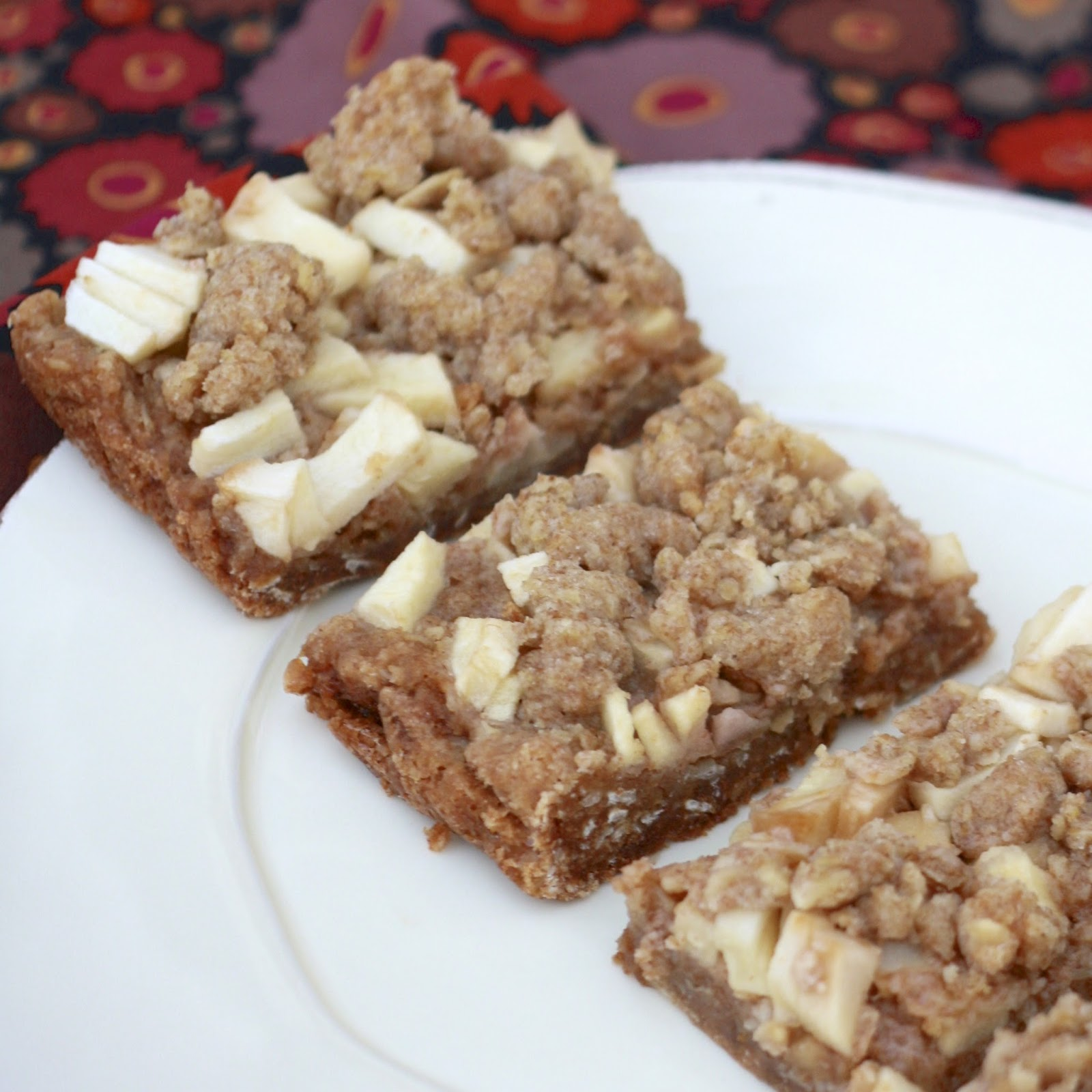 Caramel Apple Bars | The Sweets Life