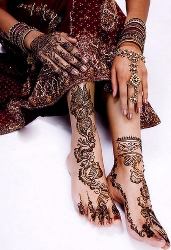 Elegant Bridal Mehndi Designs : Mehndi bridal designs