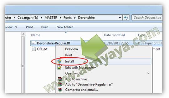 Gambar: Install font baru di komputer/laptop
