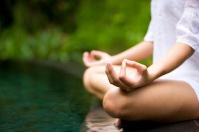 Calma la mente con meditación