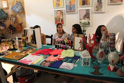 Moda y arte en cali valle, Moda y arte en colombia, marcas independientes de cali colombia, cali es arte y moda, emprendimientos culturales en cali, samara wells diseñadora, la juana en granada, Granada sitio hip y trendy de cali, fashionblogger cali, fashionblogger colombia, it girl colombia, la sucursal, feria de diseño independiente, moda colombia, blog de moda