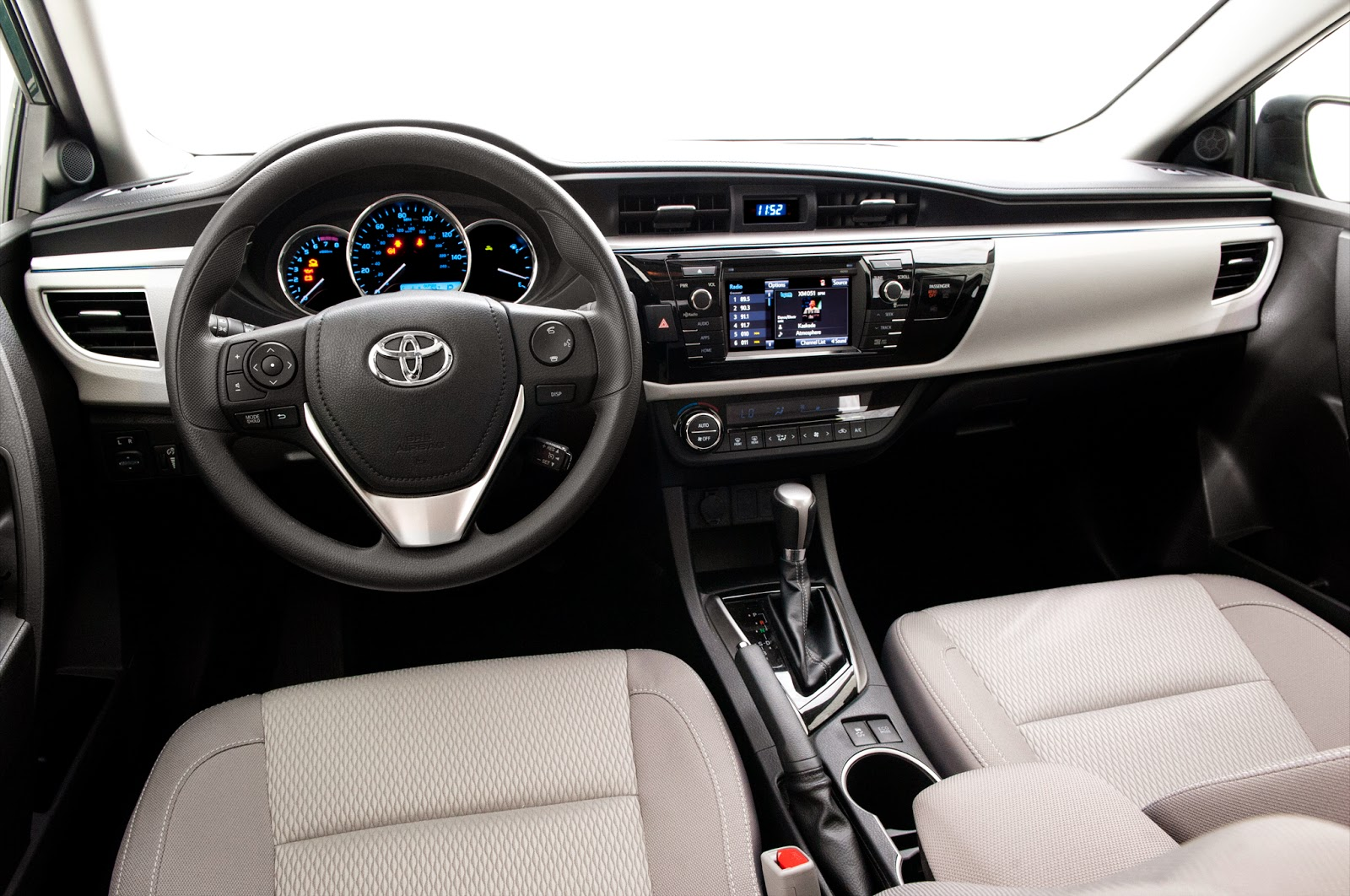 Sports cycle 2016 toyota corolla review for 2016 toyota corolla s interior