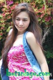 Tracy+Kuen+%25E2%2580%2593+Kepiting+Laut Free Download Mp3 Lagu Tracy Kuen – Kepiting Laut