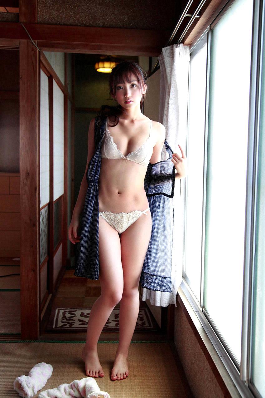risa yoshiki sexy bikini photos 04