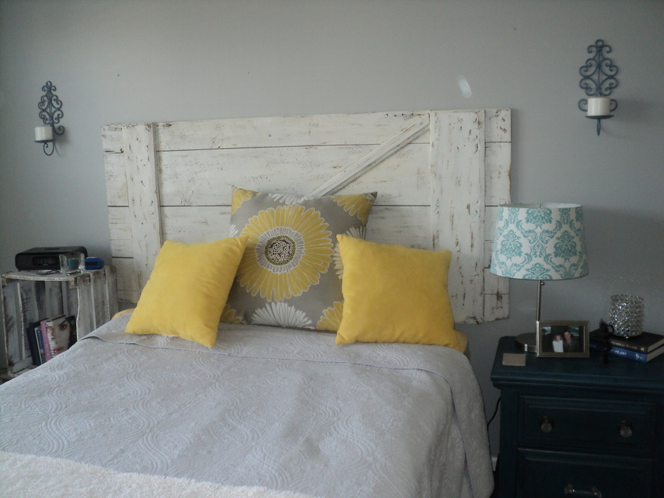 Blue Gray And Yellow Bedroom I Love The Gray And Yellow