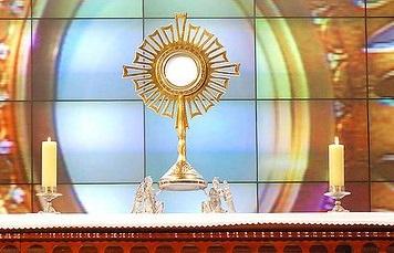 La Adoración a Jesús Eucaristía