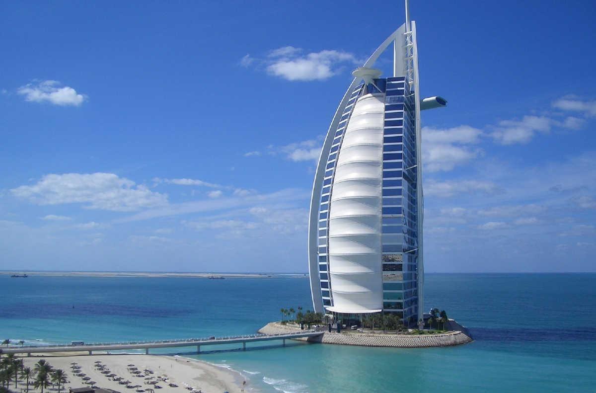 http://3.bp.blogspot.com/-p_r4112TMzg/T4VKAw--C9I/AAAAAAAAWPA/yXqD3K694fU/s1600/Dubai-Tower.jpg